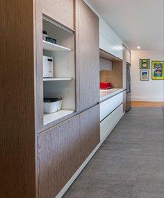 custom kitchen cabinet shelves