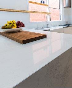 modern-kitchen-marble-benchtop