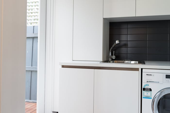 renovated laundry in melbourne 1